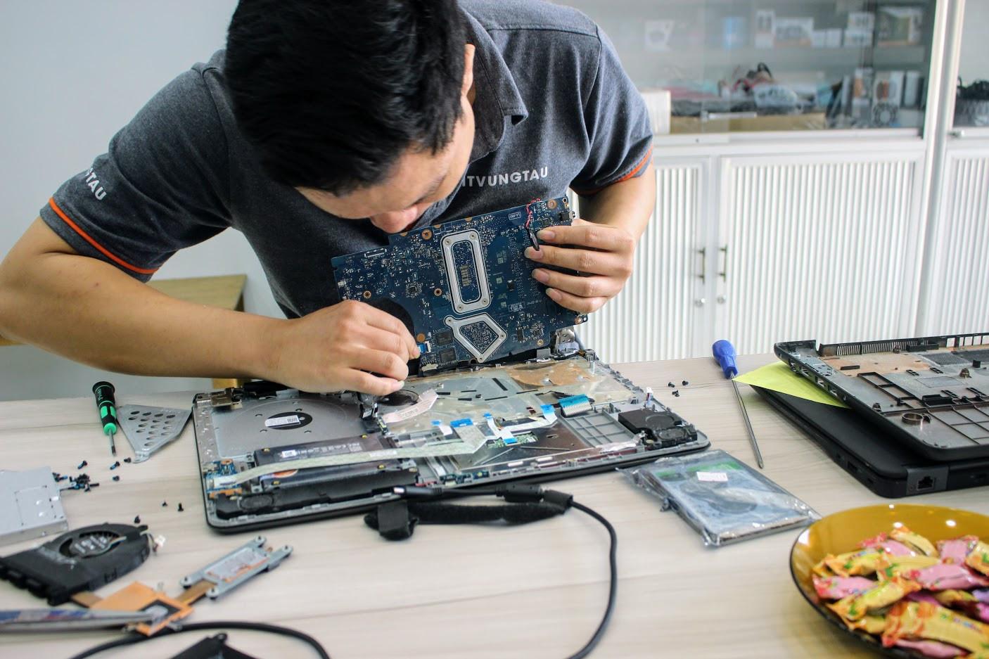 sua-laptop-vung-tau-2-2